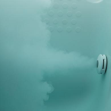 ミクロのオイルと酸素の泡で、<br>全身しっとり。