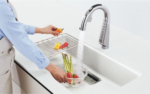 「スリムセンサー水栓 浄水器一体」もご用意
