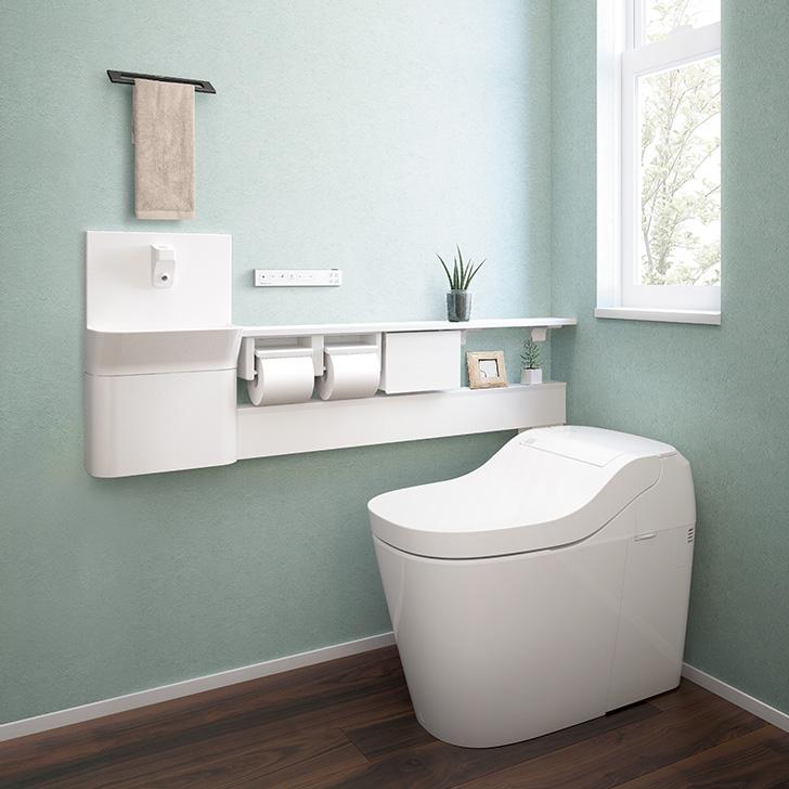 トイレを流すと専用手洗いの水が自動で出て止まる「連動水栓」対応。
